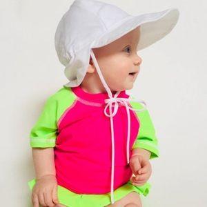 Other - Baby girl rash guard / girl swimsuit / girl hat